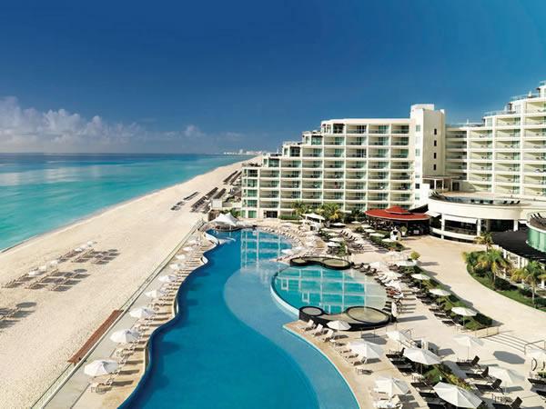 cancun mexico distance